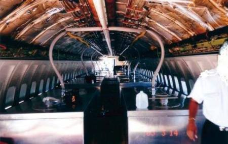 chemtrails cloverleaf EXPOSED-Photos-From-INSIDE-Chemtrail-Planes-28.jpg