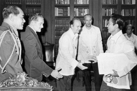 Robert Curtis meets Marcos in 1975