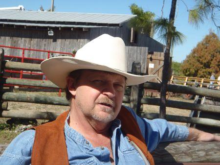 Larry Jones Indy Floirda Cowhunter 2.jpg
