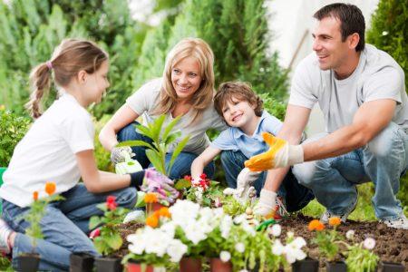family-gardening-e1460942663302